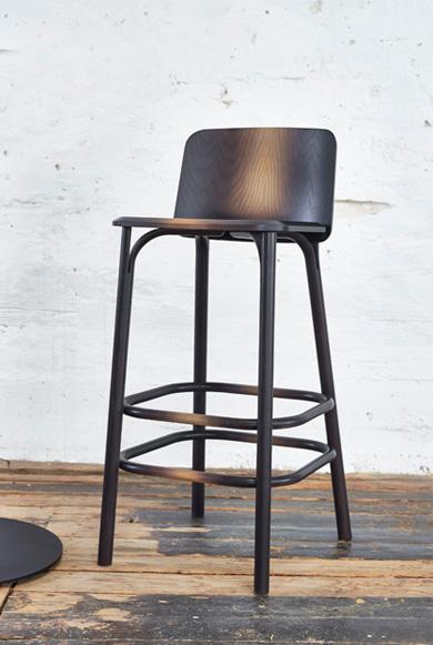 TON barstolen Split i sort træ
