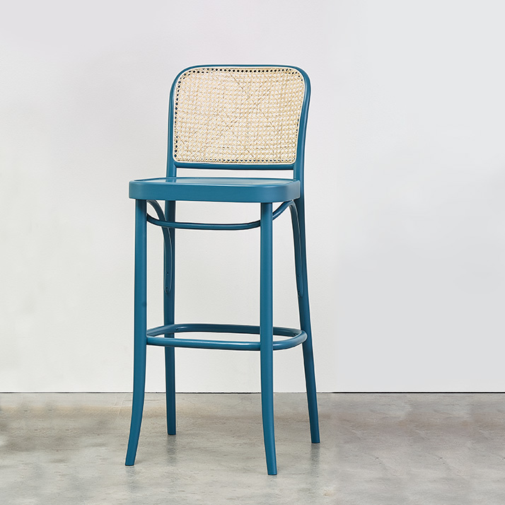 TON 811 barstol med flet og finer